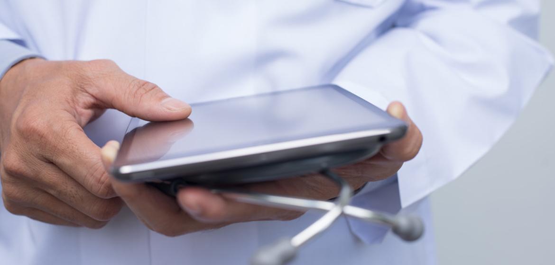 Déserts médicaux : l'Alsace teste un cabinet de télémédecine